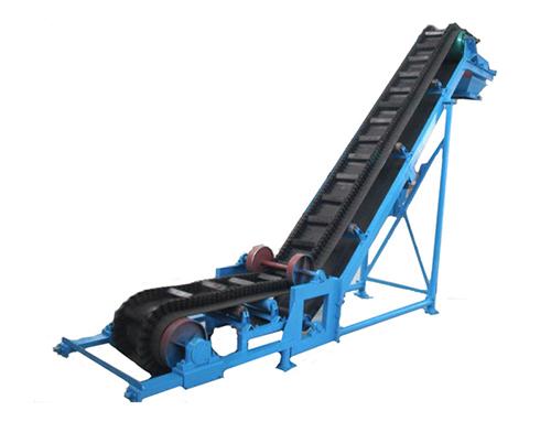 大倾角输送机与爬坡皮带输送机的区别
