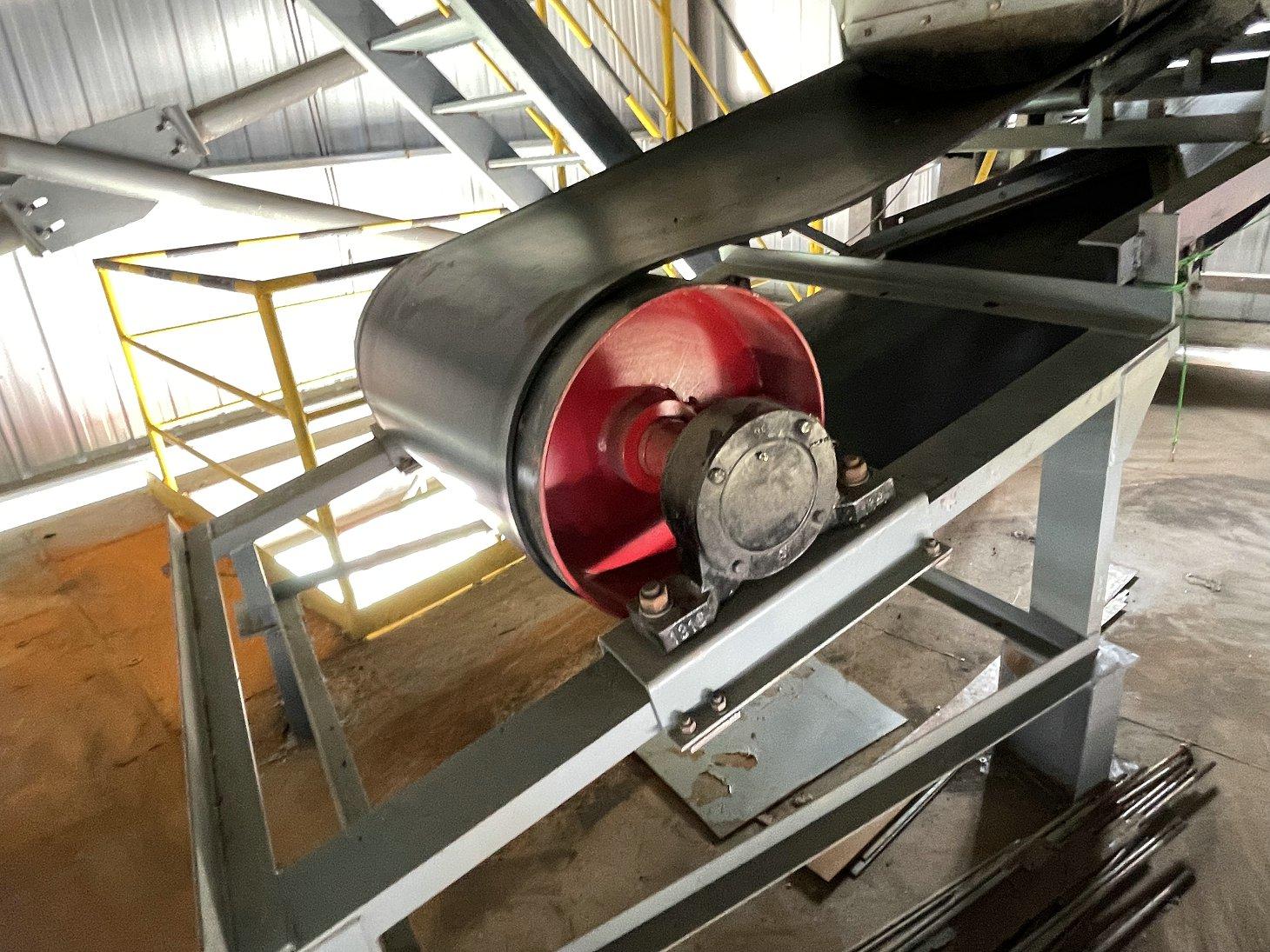 我公司为河南登封生产的TD75皮带机